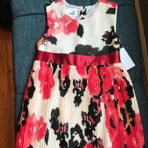 TODDLER SLEEVELESS FLORAL DRESS- 4T NWT